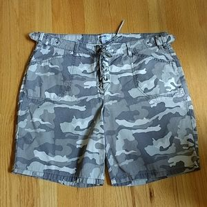 William Rast Gray Camo Lace-up Shorts 31